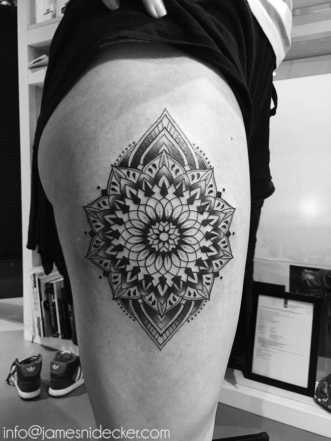 New Amsterdam Tattoo Studio – Custom Specialized In Dotwork Geometry